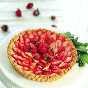 Gluten Free Strawberry Tart for Muladhara, Root Chakra by YogicFoods